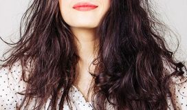puszące sie włosy
