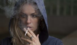 Jak palenie wpływa na skórę